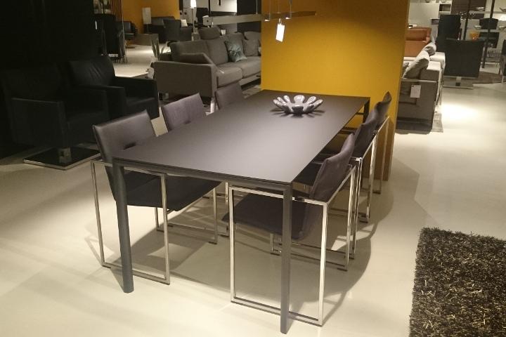 Metaform maatwerk en flexibiliteit in design meubelen fly
