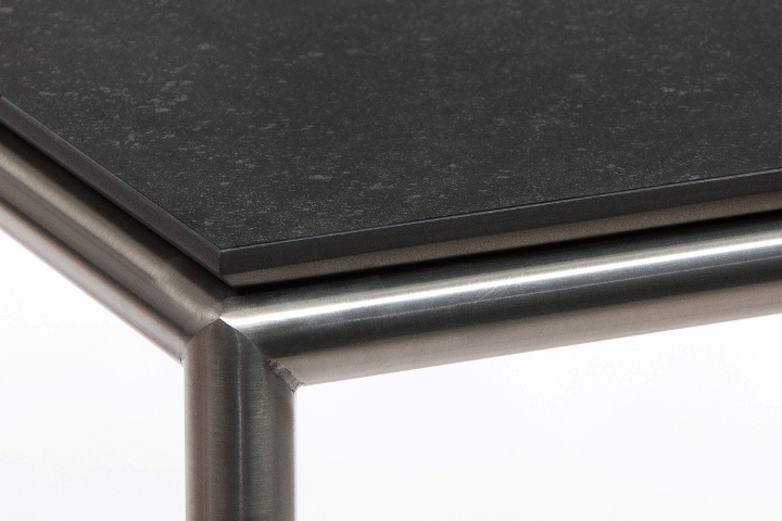 R17 (rvs-bluestone)-Detail