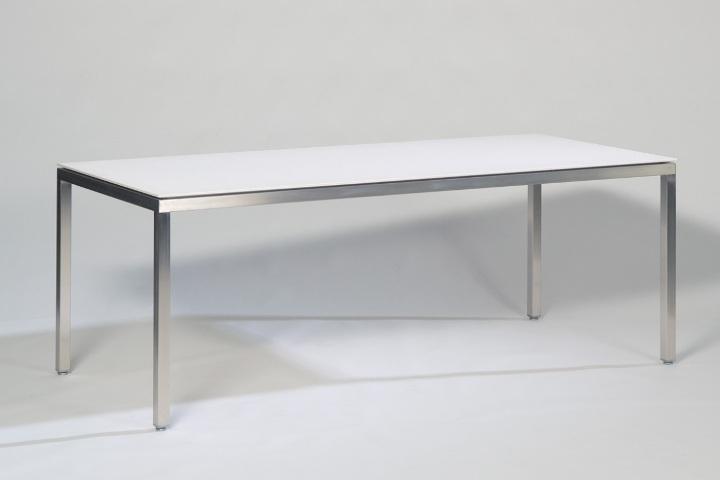 Metaform maatwerk en flexibiliteit in design meubelen s